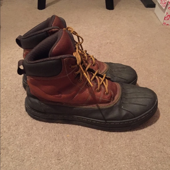 Men's Nike ACG Duck Boot Brown Tan Yellow Strings